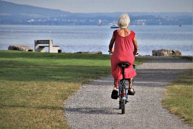 Le sport et les personnes du troisième age